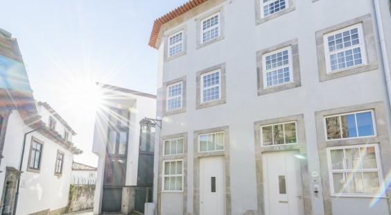 oporto street dom hugo apartments